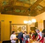 https://www.tp24.it/immagini_articoli/28-11-2018/1543419033-0-trapani-conoscere-culture-attraverso-cibo-nuara-incontri-cucina.jpg