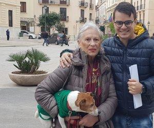 https://www.tp24.it/immagini_articoli/28-11-2019/1574938568-0-trapani-donna-multata-perche-entra-comune-cane-pago.jpg