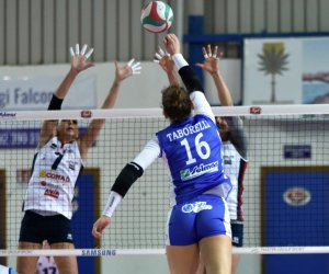 Calendario Volley A2.Pubblicato Il Calendario Dei Playout Di A2 La Sigel