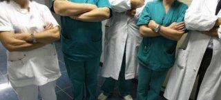 https://www.tp24.it/immagini_articoli/29-03-2020/1585473931-0-castelvetrano-medico-lavoro-ospedale-anche-dopo-aver-contratto-coronavirus.jpg