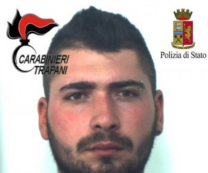 https://www.tp24.it/immagini_articoli/29-06-2018/1530267302-0-trapani-sequestra-maltratta-fidanzata-arrestato-polizia-carabinieri.jpg