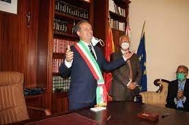 https://www.tp24.it/immagini_articoli/29-06-2021/1624983093-0-marsala-il-sindaco-grillo-nbsp.jpg