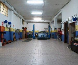 https://www.tp24.it/immagini_articoli/29-07-2016/1469782041-0-in-sicilia-400-automobili-per-ogni-officina-meccanica.jpg