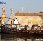 https://www.tp24.it/immagini_articoli/29-07-2017/1501346159-0-mazara-dragaggio-porto-canale-tutto-tace-ecco-perche.jpg