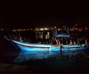 https://www.tp24.it/immagini_articoli/29-07-2021/1627512705-0-nbsp-nbsp-nbsp-piu-di-cento-persone-con-un-solo-bagno-la-vergogna-di-pantelleria.jpg