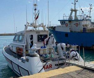 https://www.tp24.it/immagini_articoli/29-08-2021/1630214781-0-ha-un-infarto-pescatore-salvato-dalla-guardia-costiera-di-mazara.jpg