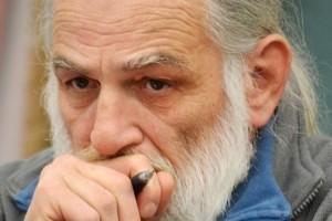 https://www.tp24.it/immagini_articoli/29-10-2014/1414573075-0-muore-il-poeta-gianmario-lucini-una-perdita-da-non-perdere.jpg