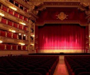 https://www.tp24.it/immagini_articoli/29-10-2020/1603948530-0-e-se-smettessimo-di-fingere-un-appello-per-teatri-e-cinema-chiusi.jpg