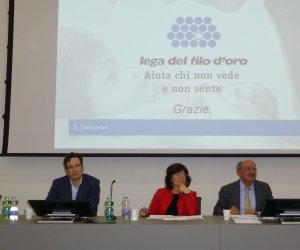 https://www.tp24.it/immagini_articoli/30-04-2019/1556637332-0-sicilia-bilancio-lega-filo-doro.jpg
