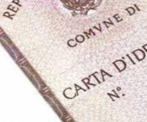 https://www.tp24.it/immagini_articoli/30-04-2021/1619773836-0-proroga-per-permessi-di-soggiono-carte-di-identita-nbsp.jpg