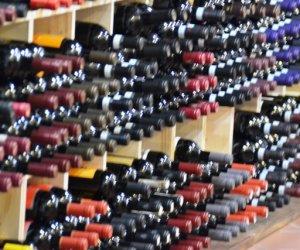 https://www.tp24.it/immagini_articoli/30-07-2016/1469863833-0-vino-ecco-le-aziende-in-provincia-di-trapani-che-hanno-preso-soldi-per-la-promozione.jpg
