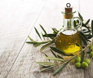 https://www.tp24.it/immagini_articoli/30-09-2016/1475248038-0-coldiretti-crolla-del-38-la-produzione-di-olio-d-oliva.jpg