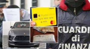 https://www.tp24.it/immagini_articoli/30-10-2019/1572415585-0-girava-porsche-reddito-cittadinanza.jpg