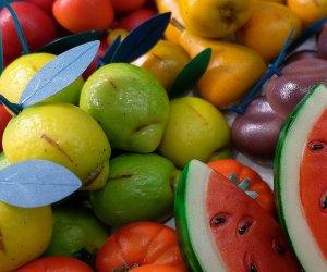 https://www.tp24.it/immagini_articoli/30-10-2019/1572458718-0-banda-martorana-cosi-hanno-rubato-chili-frutta-martorana-renda.jpg