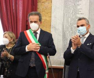 https://www.tp24.it/immagini_articoli/30-10-2020/1604016308-0-marsala-il-nuovo-consiglio-comunale-tutto-da-copione-sturiano-fa-tris-grillo-benedice.jpg
