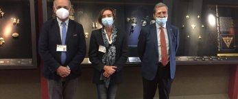 https://www.tp24.it/immagini_articoli/30-10-2020/1604016713-0-i-medaglioni-devozionali-dell-ex-provincia-esposti-al-museo-pepoli.jpg