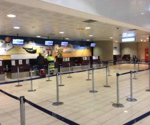 https://www.tp24.it/immagini_articoli/30-11-2018/1543593775-0-aeroporto-trapani-lega-vogliamo-poltrone-airgest.jpg