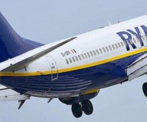 https://www.tp24.it/immagini_articoli/30-11-2019/1575108740-0-ryanair-annuncia-volo-palermo-siviglia-aggiunge.jpg
