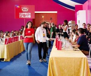 https://www.tp24.it/immagini_articoli/31-05-2018/1527788444-0-cous-cous-fest-vito-selezione-chef-italiani.jpg