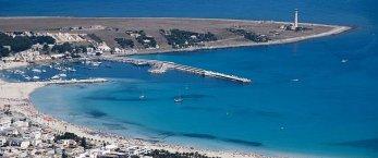 https://www.tp24.it/immagini_articoli/31-05-2020/1590956566-0-nbsp-nbsp-marina-bay-1-com-e-nato-il-progetto-che-ha-messo-paura-a-san-vito.jpg