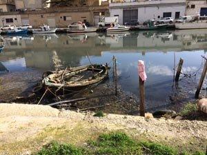 https://www.tp24.it/immagini_articoli/31-07-2017/1501513183-0-mazara-dragaggio-porto-canale-cittadinanza-indignata.jpg